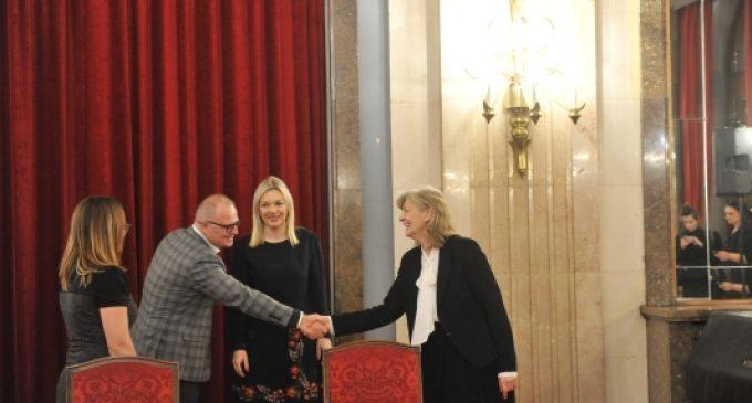GCSR i Grad Beograd potpisali kolektivni ugovor
